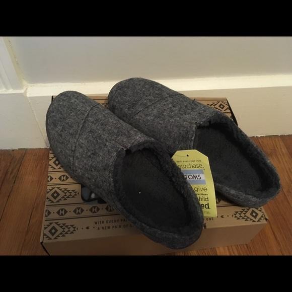 c535eea443e Men s Toms Grey Berkeley slippers